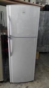 Toshiba Peti Ais Sejuk 2 Pintu Ice Fridge Freezer