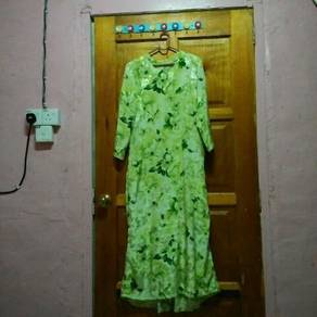 Jubah flower colour hijau