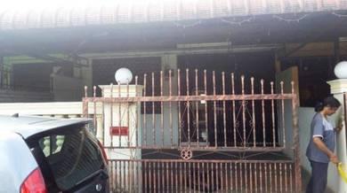 Taman Ria Jaya _ Single Storey house for rent