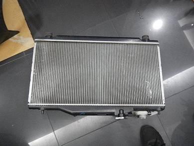 Dc5 type r radiator with fan motor