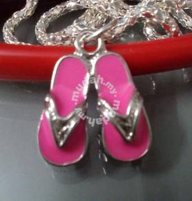 ABPSM-S003 Silver Metal Slipper Pendant Necklace