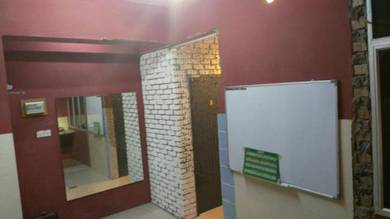 Room For Rent Opposite Summermall, Desailmu