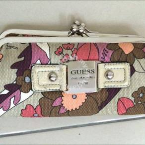 Guess LA clutch wallet