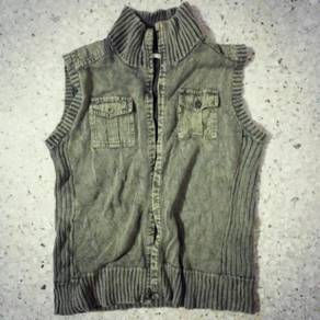 Urban rose Green sleeveless cardigan vest knitted