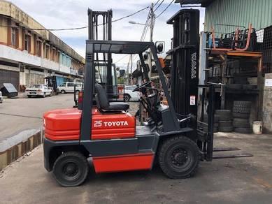 Japan Direct Import TOYOTA 2.5 Ton Forklift 5F