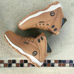 Timberland midcut Boots Beige