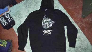 Mighty atom hodie