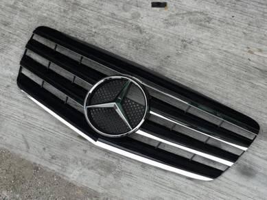 Mercedes W211 Front Grill Sport Grille Bodykit