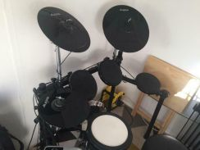 Alesis DM8 USB digital drum kit