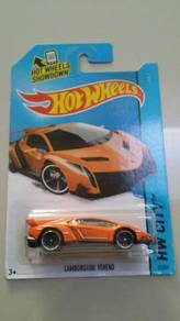 HotWheels Lamborghini Veneno Orange