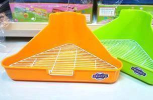 Tesoro triangle rabbit toilet
