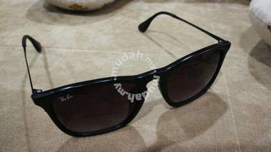 Ray Ban Chris RB4187