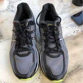 Kasut jogging asics Gel Kayano 22