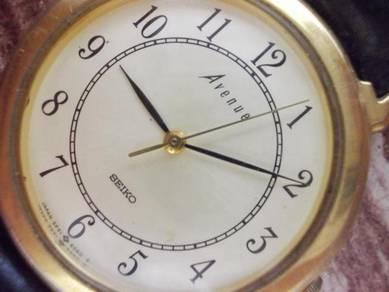 Vintage SEIKO avanue gent dress watch