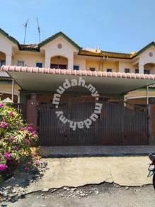 Double Storey Bandar Puteri Jaya For Sale