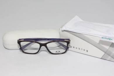 Oakley Showdown glasses