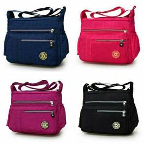 Women casual sling bag