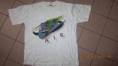 Vintage nike big logo size L