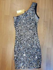 Night elegant dress with glitter