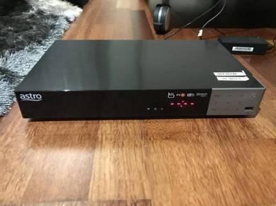 Astro decoder + remote + adapter