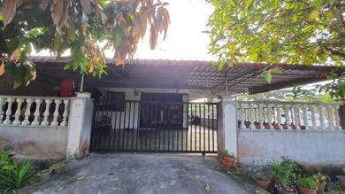 END LOT- Single Storey Terrace Taman Desa, Kluang RENOVATED