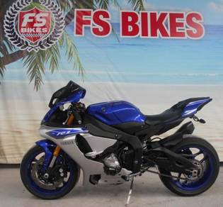 Yamaha R1 2015 Blue Grey