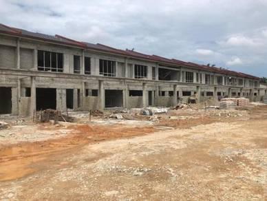 FREEHOLD & LOW DP - Pekan Meru Jln Jambu Double Storey Terrace House