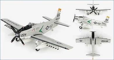 Hobby Master HA2913 Douglas A-1H Skyraiders