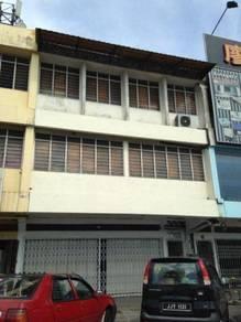 Taman Perling Shop Intermediate Facing Main Road