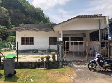 House for rent in Taman Bunga Raya, Bukit Beruang, Melaka