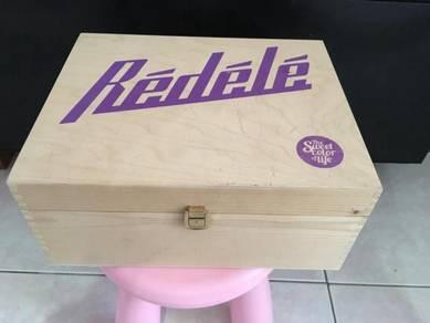 Empty Gift Box (Wood)