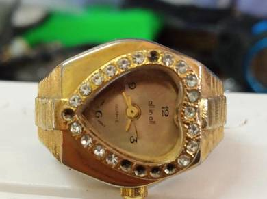 Vintage all in all ring watch