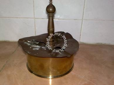 Ash tray brass ashtray tembaga