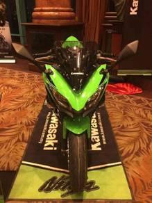 Kawasaki Ninja 650 SE ABS 17 Free Gift Items