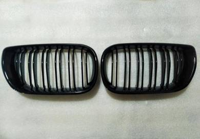 Bmw E46 Front Grill Gloss Black NEW FREE POS