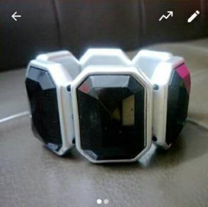 Black Quartz Bracelet Bangle