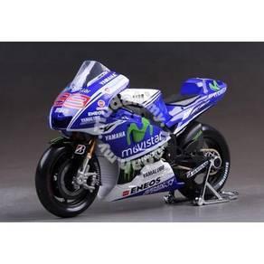 Maisto 1:10 2014 Yamaha #99 MotoGP Diecast Motor