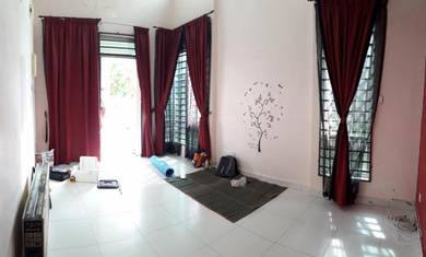 PARTLY FURNISHED Single Storey Semi D in Ambangan Heights