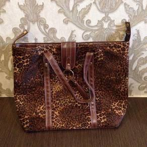 Cheetah Patern Carry Bag