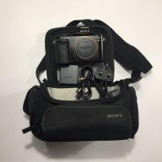Sony A7R with 2 extra battery and sony bag