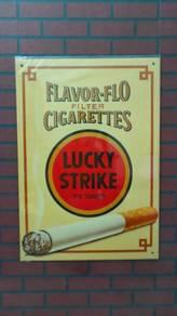 A128M Tin sign Lucky Strike