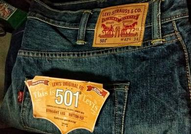 New and original branded jeans, W = 42, L = 34