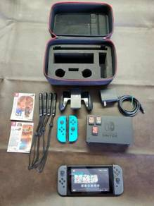 Nintendo Switch Handheld Console with Gray Joy-Con