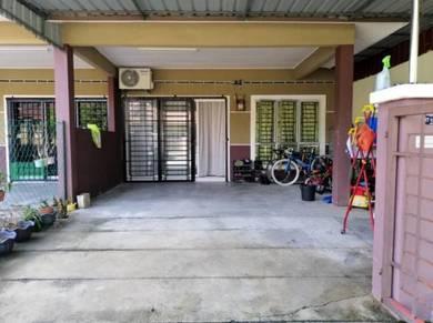 Teres Setingkat Taman Seri Paya Rumput Masjid Tanah Melaka