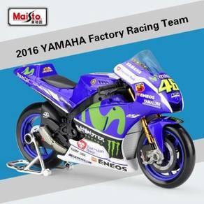 Maisto 1:10 2016 Yamaha #46 MotoGP Diecast Motor