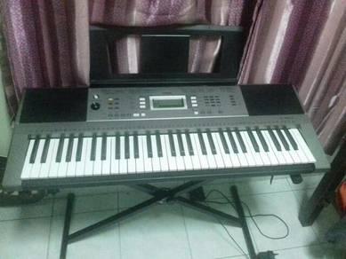 Yamaha Psr e353 keyboard piano