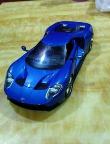 Maisto Ford GT 2017 Blue
