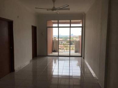 Larkin Indah 3 Bedroom/ Near Ciq/Low deposit and below market