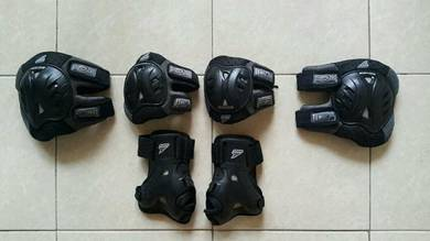 Rollerblade Knee Pads, Elbow Pads & Wrist Guards