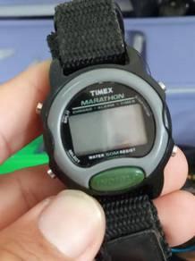 Vintage Timex marathon lady or boy size watch
